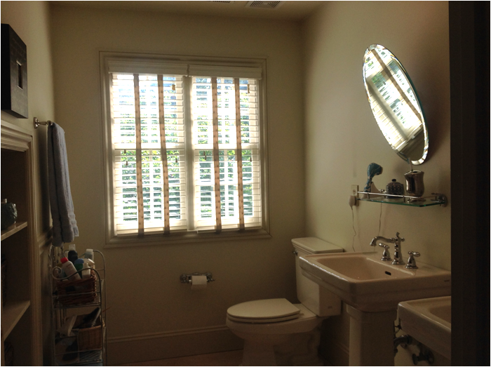 Front Door Files: Blue and White Bathroom Makeover